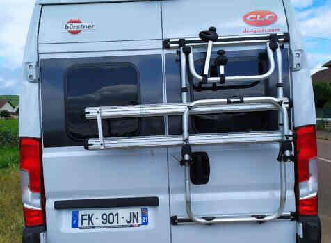 camping-car CITY CAR C 600  extérieur / arrière