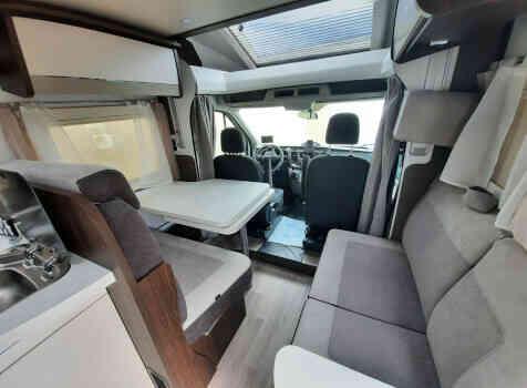 camping-car  BENIMAR TESSORO  intérieur / coin salon