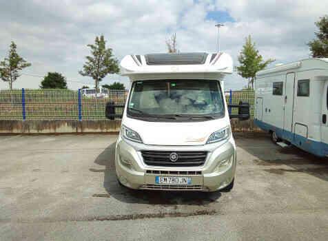 camping-car Ci MAGIS 65   extérieur / face avant