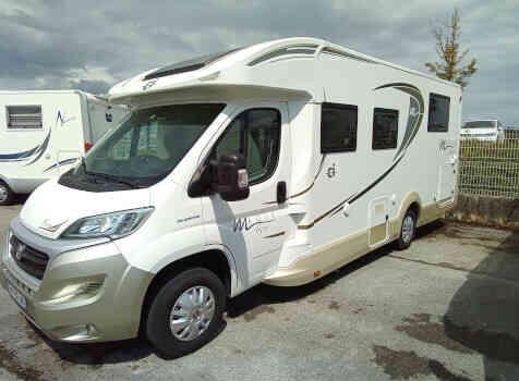camping-car Ci MAGIS 65   extérieur / latéral droit