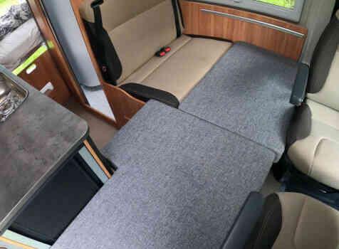 camping-car POSSL SUMMIT 600  intérieur / autre couchage
