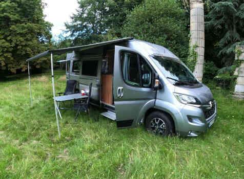 camping-car POSSL SUMMIT 600  extérieur / latéral gauche