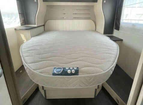 camping-car CHALLENGER 328 GRAPHITE PREMIUM  intérieur / couchage principal