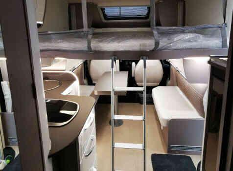 camping-car BURTSNER LYSEO PRIVILEGE TD 727 G  intérieur / autre couchage