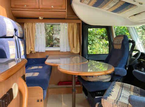 camping-car RAPIDO LE RANDONNEUR 962 M  intérieur / coin salon