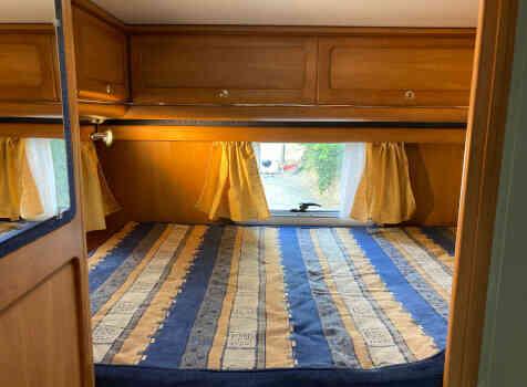 camping-car RAPIDO LE RANDONNEUR 962 M  intérieur / couchage principal