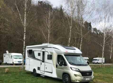 camping-car BURTSNER LYSEO PRIVILEGE TD 727 G  extérieur / latéral gauche
