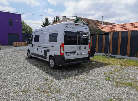 camping-car FONTVENDOME LEADER CAMP  extérieur / latéral droit