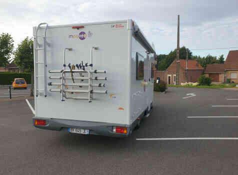 camping-car MOOVEO  extérieur / arrière