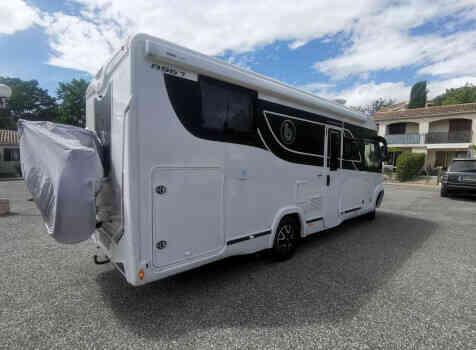 camping-car BENIMAR 967 AMPHITRYON  extérieur / arrière