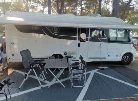 camping-car BENIMAR 967 AMPHITRYON  extérieur / latéral droit