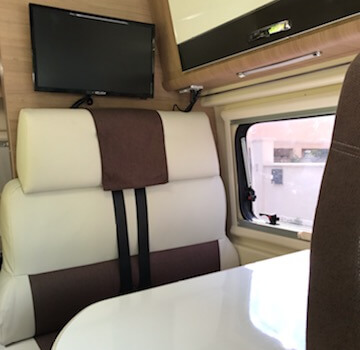 camping-car MC LOUIS MENPHIS 3 LUX EDITION  intérieur / coin salon