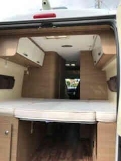 camping-car MC LOUIS MENPHIS 3 LUX EDITION  intérieur / couchage principal