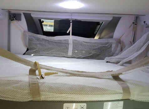 camping-car CHALLENGER 348 XLB  intérieur / autre couchage