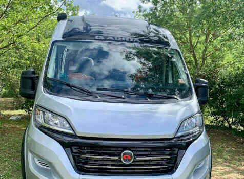 camping-car ADRIA SPB SUPREME 640  extérieur / face avant