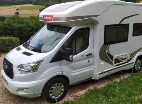 camping-car CHALLENGER QUARTZ 170   extérieur / latéral