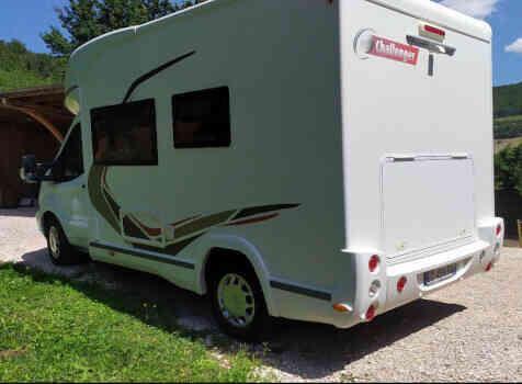 camping-car CHALLENGER QUARTZ 170   extérieur / arrière