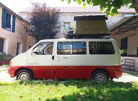 camping-car VOLKSWAGEN T4  extérieur / latéral gauche