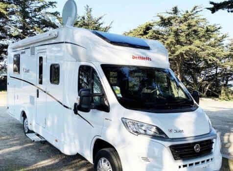 camping-car DETHLEFFS JUST 90 7052 DBL   extérieur / face avant