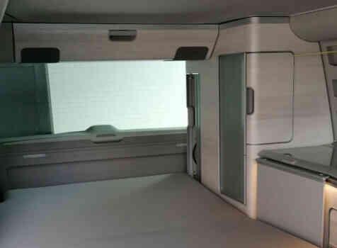 camping-car VOLSKWAGEN T6 CALIFORNIA  intérieur / couchage principal