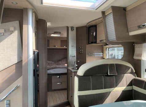 camping-car BAVARIA I 740 LC  intérieur / autre couchage