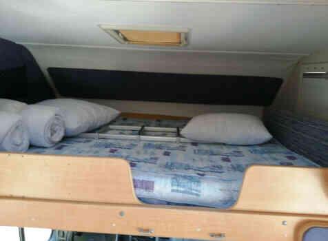 camping-car CHALLENGER 182  intérieur / autre couchage
