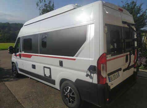 camping-car PILOTE V 600 G  extérieur / latéral gauche
