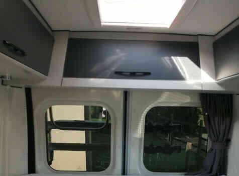 camping-car FONT VENDOME EVASION   intérieur / couchage principal