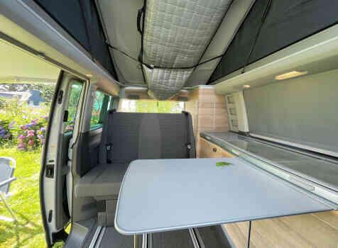 camping-car  VOLKSWAGEN CALIFORNIA  intérieur / coin salon