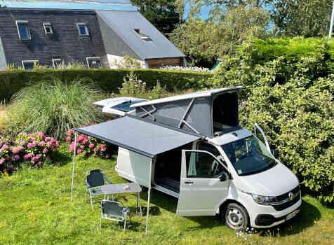 camping-car  VOLKSWAGEN CALIFORNIA  extérieur / face avant