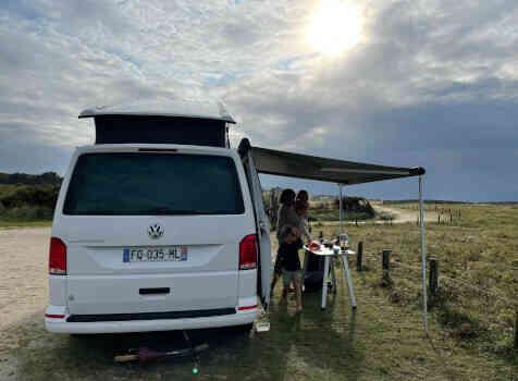 camping-car  VOLKSWAGEN CALIFORNIA  extérieur / arrière