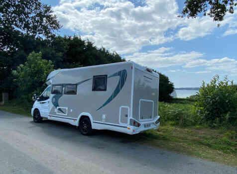 camping-car CHAUSSON 788 TITANIUM   extérieur / arrière