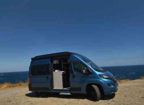 camping-car HYMER FREE 540 EVOLUTION  extérieur / latéral droit