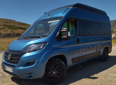 camping-car HYMER FREE 540 EVOLUTION  extérieur / latéral gauche