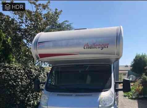 camping-car CHALLENGER GENESIS 65  extérieur / face avant