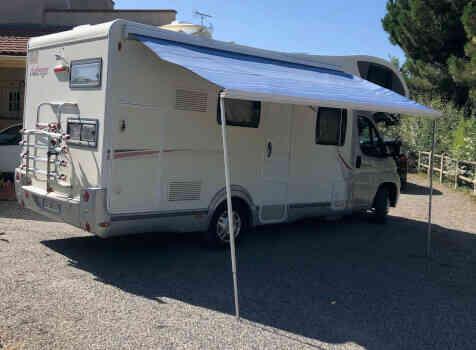 camping-car CHALLENGER GENESIS 65  extérieur / latéral droit