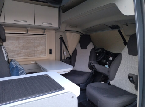 camping-car HYMER FREE 540 EVOLUTION  intérieur / coin salon