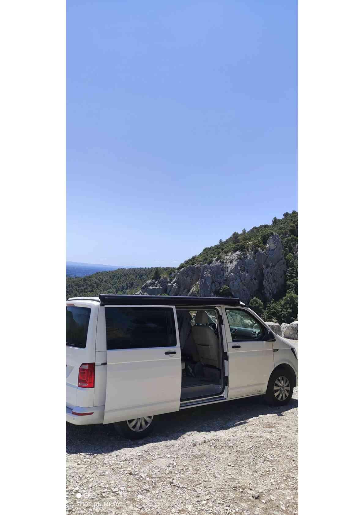 camping-car  CALIFORNIA COAST T6  extérieur / latéral gauche