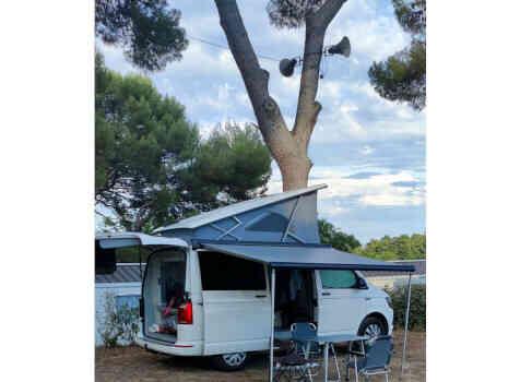 camping-car  CALIFORNIA COAST T6  extérieur / latéral droit