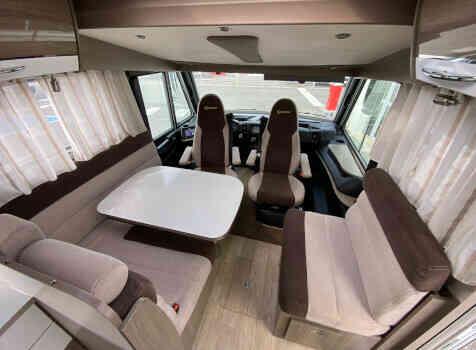 camping-car BAVARIA I 740 STYLE   intérieur / coin salon
