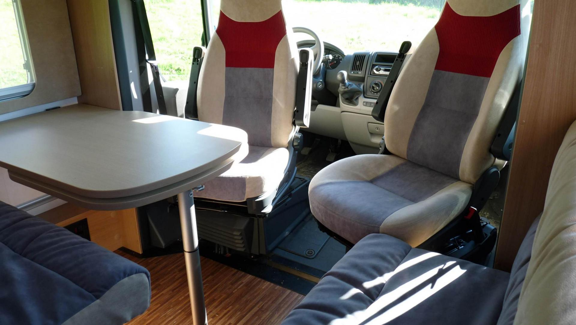 camping-car BURSTNER QUADRO IT 664