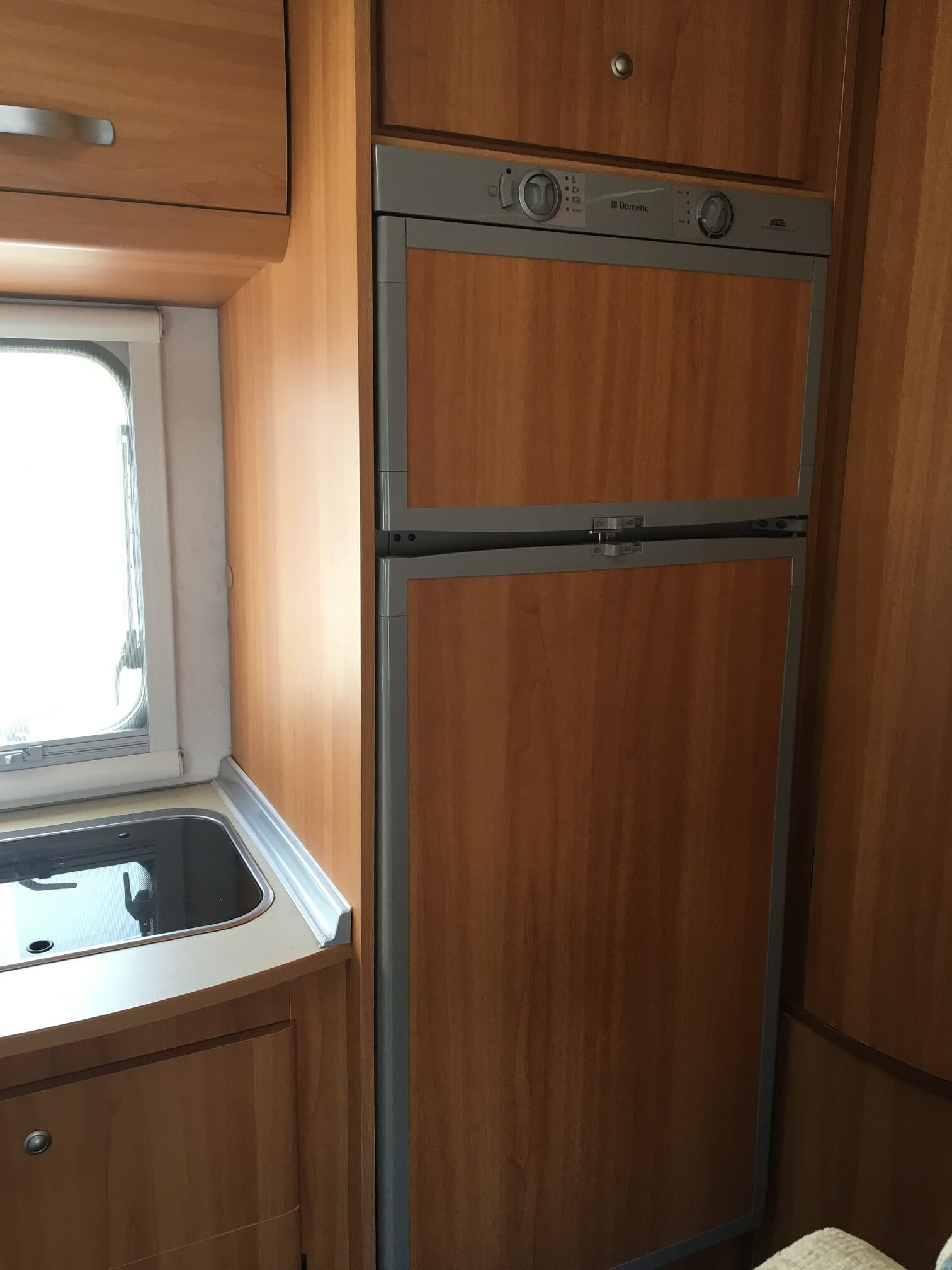 camping-car JOINT Z 330