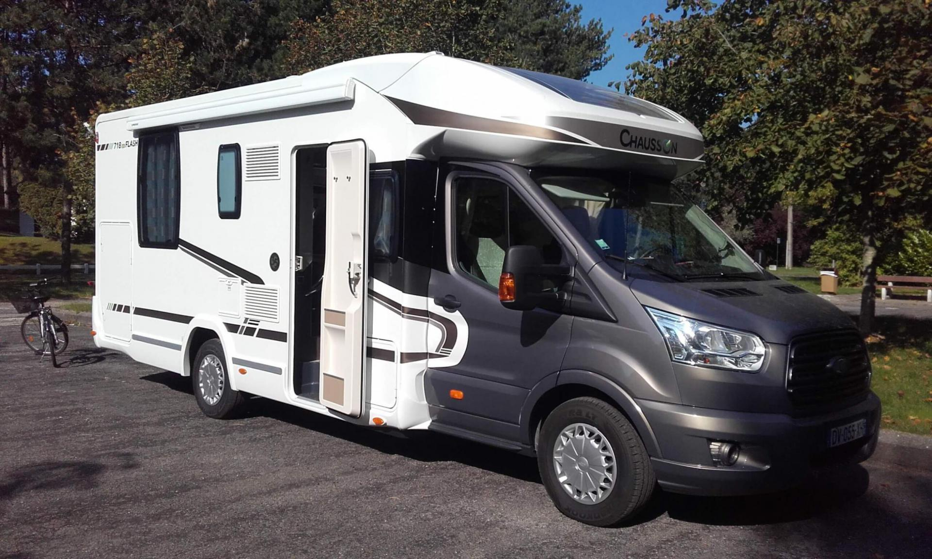 camping-car CHAUSSON 718 EB  FORD TRANSIT
