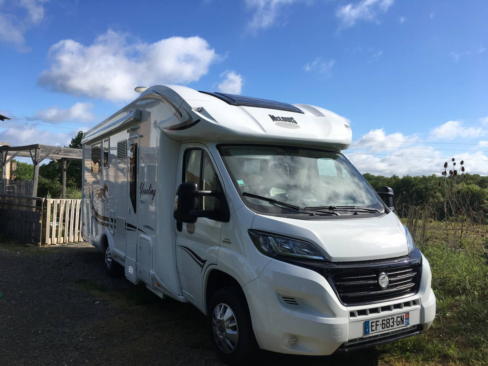 camping-car MC LOUIS YEARLING 77 G