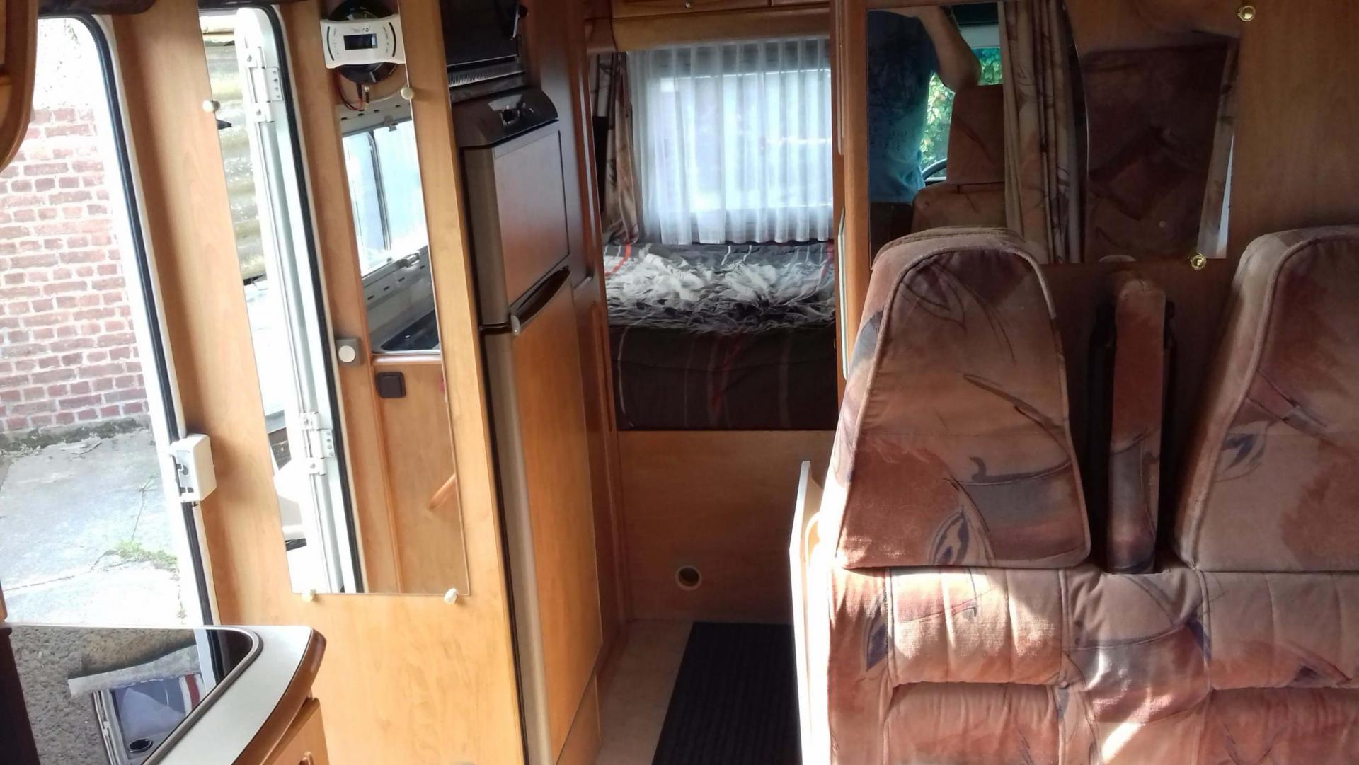 camping-car CHAUSSON ALLEGRO 68