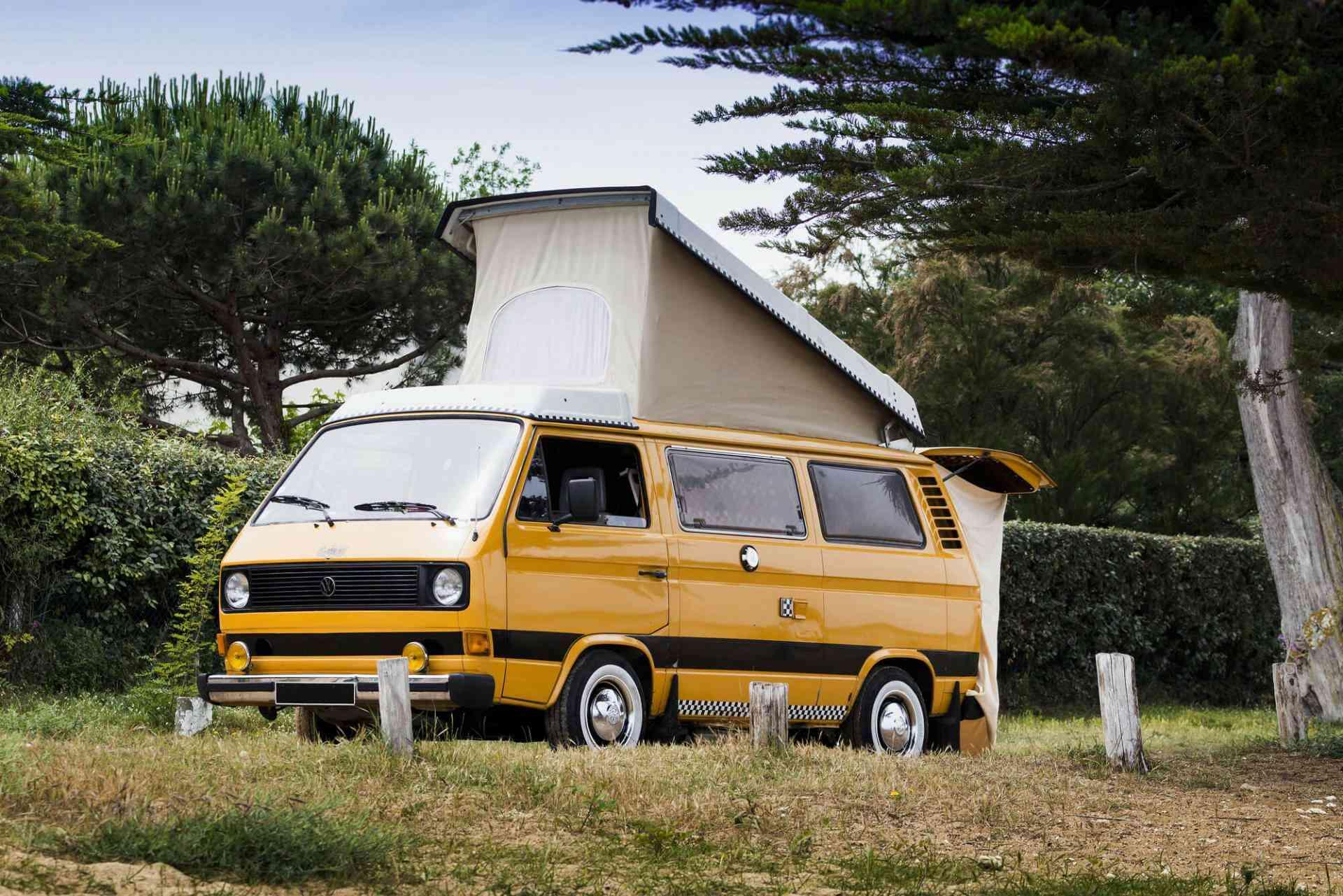 location camping car van la bree les bains 17 volkswagen westfalia combi t3 hapee. Black Bedroom Furniture Sets. Home Design Ideas