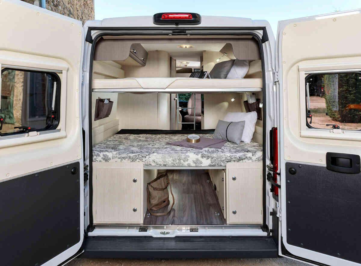 camping-car CHALLENGER V 114 MAX