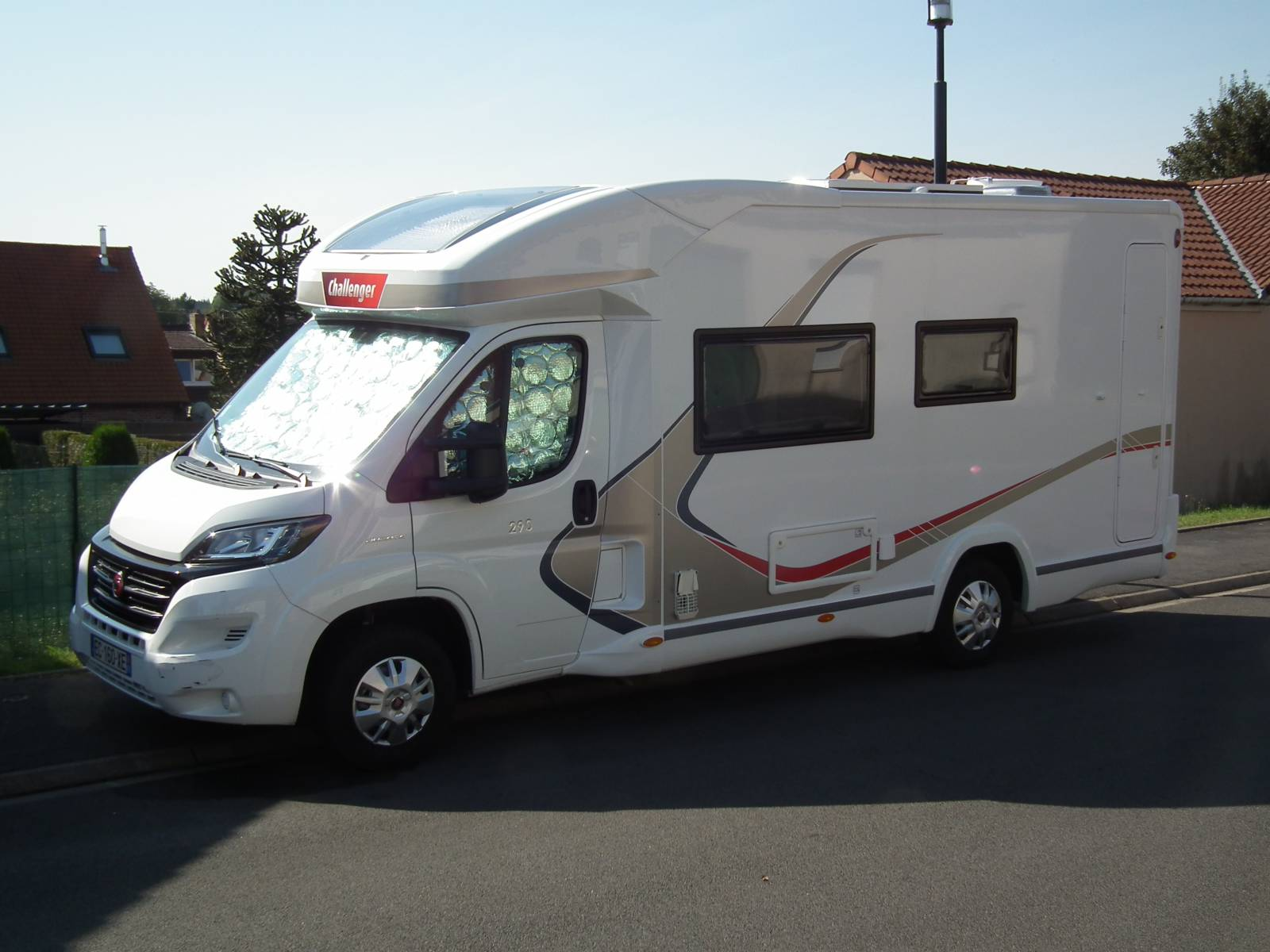 camping-car CHALLENGER 290