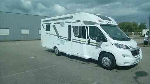 camping-car POIDS LOURD - BAVARIA T 746 CLASS