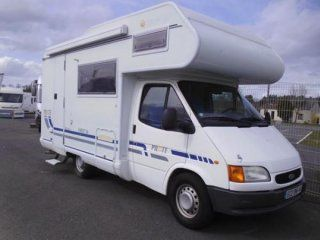 camping-car PILOTE FIRST 16